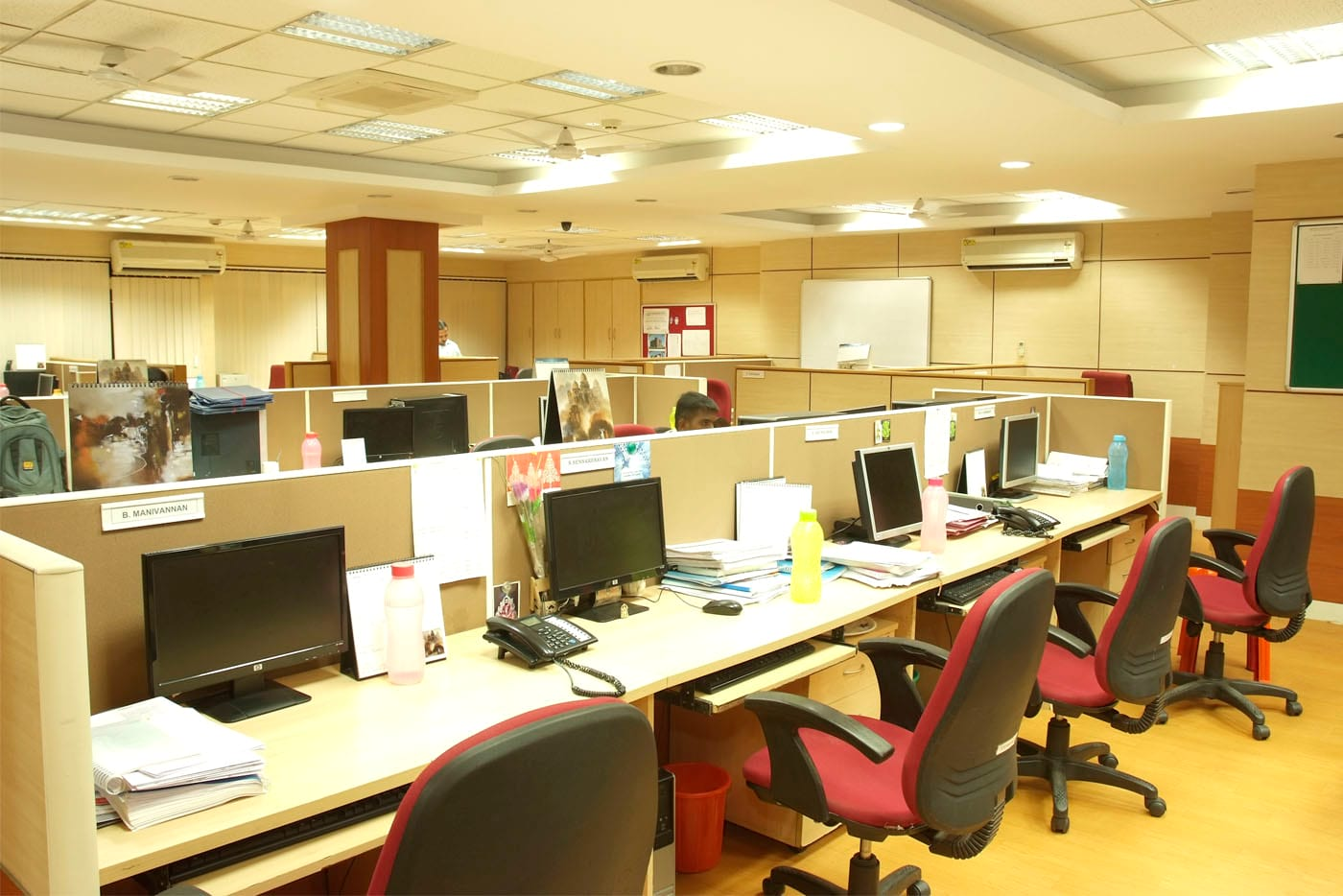 isgec office cabin furniture